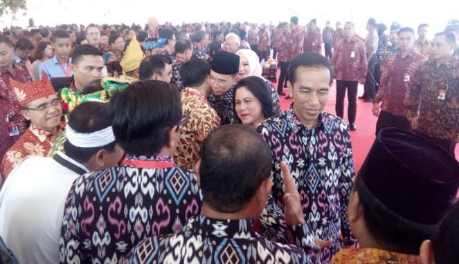 Jokowi Kritik Stasiun TV Kurang Tayangkan Lagu Nasionalisme