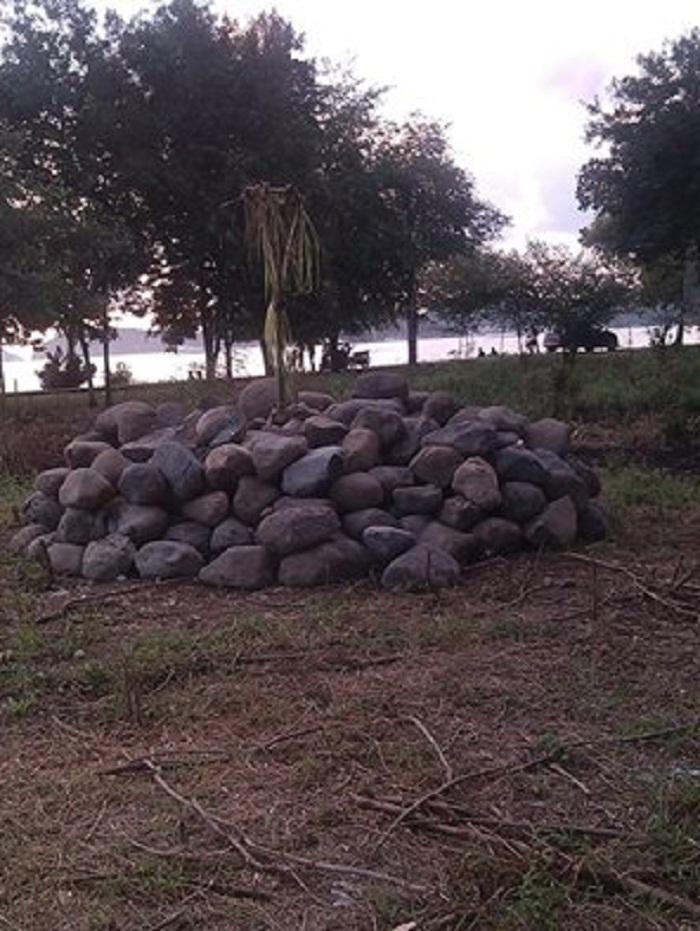 Tokoh Adat Desak Pemda Mabar Bongkar Compang Di Pede