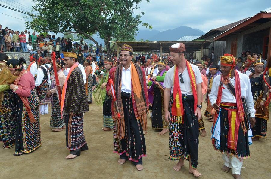 Membangun Persatuan Ekologis Mengakar  Pada Budaya Lokal