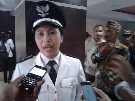 Wanita Bali Jadi Kepala Desa Di Manggarai