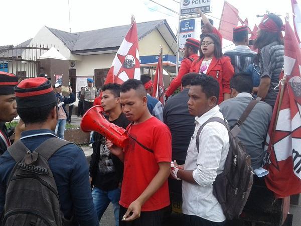 GMNI Unjuk Rasa Desak Penegak Hukum Usut Dugaan Korupsi RSUD Matim