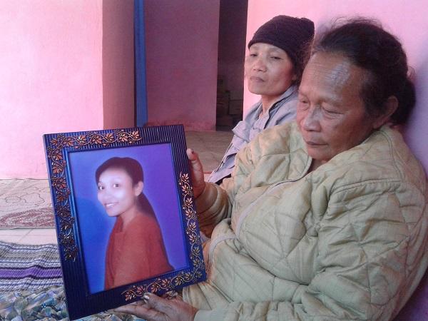 Mengenang Tuty,Wartawati Asal Ruteng Yang Tewas Dianiaya Suami Di Poso