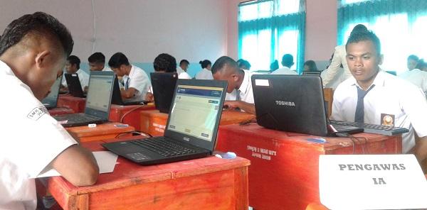 Cuaca Buruk Ganggu Koneksi Internet UNBK Di SMKN 1 Wae Ri'i