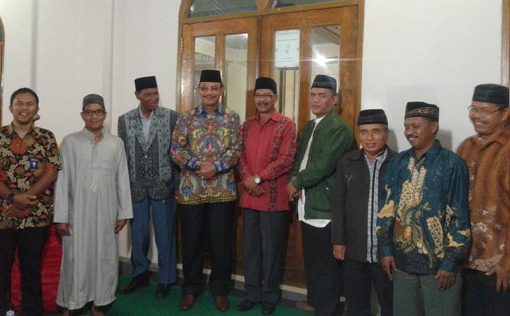 Jelang Idul Fitri,Pemda Manggarai dan Umat Muslim di Ruteng Buka Puasa Bersama
