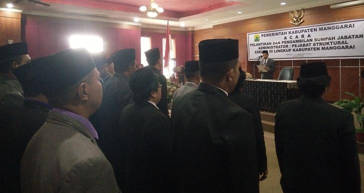 Wakil Bupati Manggarai Lantik Pejabat Eselon III, Dua Pos Jabatan Kabag Diisi ASN Perempuan