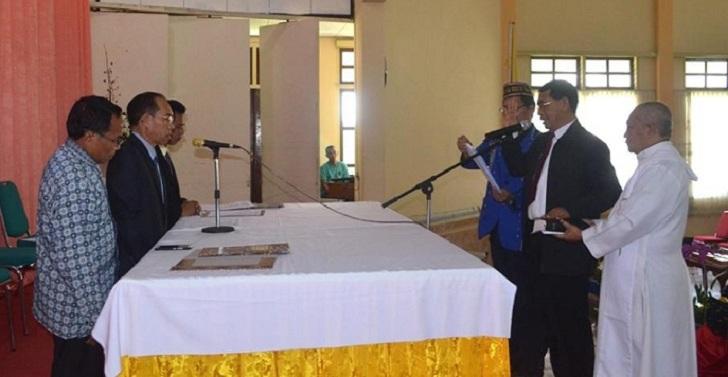 Tekad Pastor Servatius Lon, STKIP St. Paulus Jadi Universitas