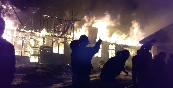 TigaRumah Warga diKelurahan Bangka Nekang Ludes Terbakar