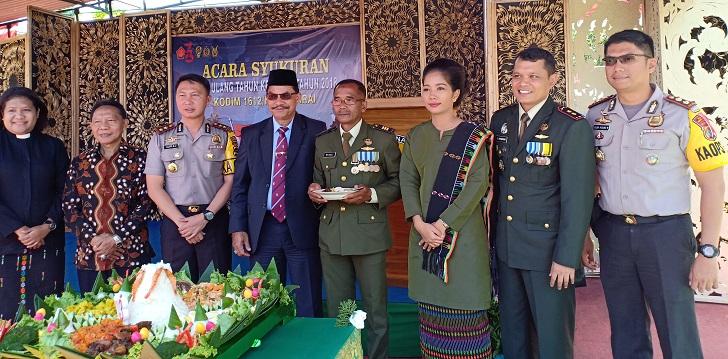 Dandim dan Bupati Manggarai Kampanye Anti Hoax di HUT TNI ke-73