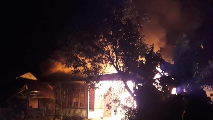 Rumah di Nekang Ruteng Terbakar, Warga Bilang Akibat Korsleting
