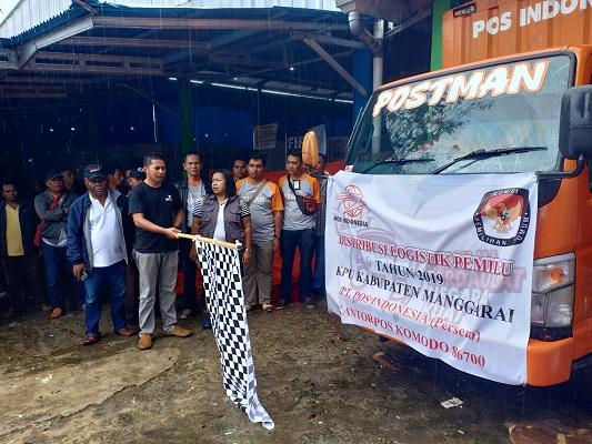 Di Manggarai NTT, Distribusi Surat Suara Menggunakan Mobil PT Pos Indonesia