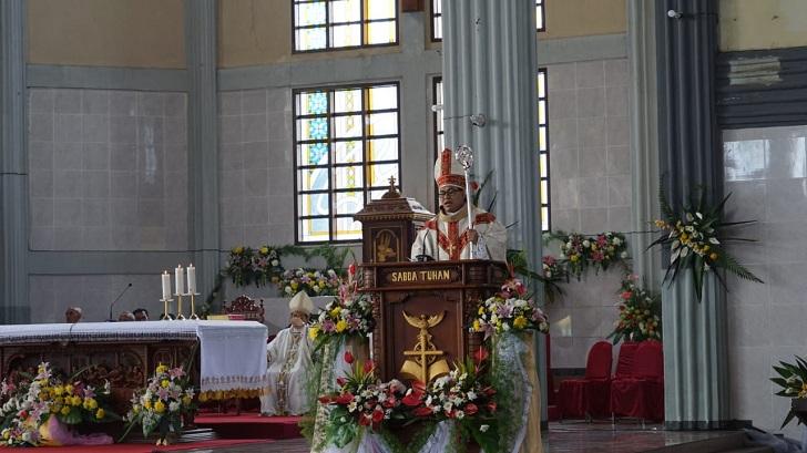 Antisipasi Corona, Uskup Ruteng : Misa Hari Minggu Ditiadakan
