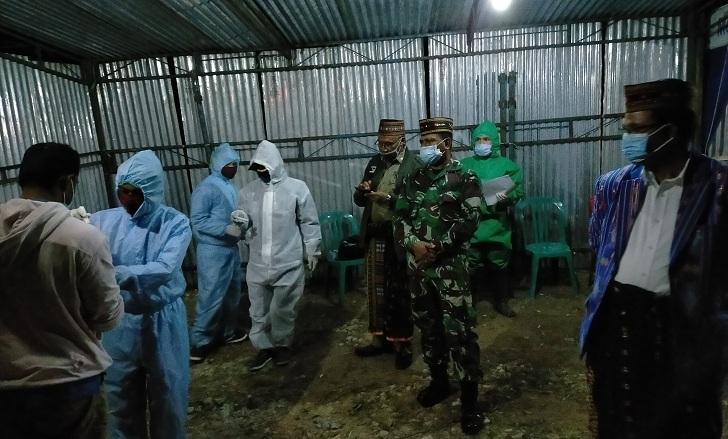Bupati Deno Resmikan Posko Covid-19 di Perbatasan Mabar