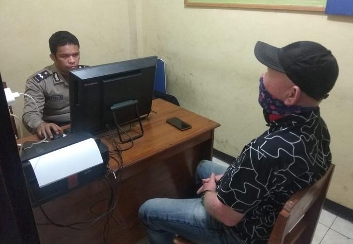 Wartawan di Labuan Bajo Dianiaya Diduga Terkait Berita Corona