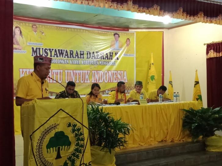 Simprosa Gandut Lengser, Jehati Resmi Pimpin Golkar Manggarai