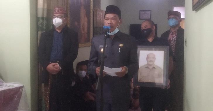 Gusti Ganggut Wafat, Upacara Pemakaman Dipimpin Wakil Bupati Manggarai
